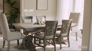 Value City Furniture Pre-Black Friday Sale TV Spot, 'Head Start on Holidays' - Thumbnail 7
