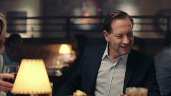 Longhorn Steakhouse Turf & Surf TV Spot, 'Like You Own the Place' - Thumbnail 4