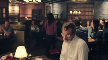 Longhorn Steakhouse Turf & Surf TV Spot, 'Like You Own the Place' - Thumbnail 8