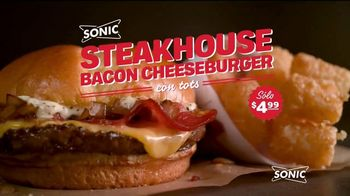 Sonic Drive-In Steakhouse Bacon Cheeseburger TV Spot, 'Queso fundido' [Spanish] - Thumbnail 2