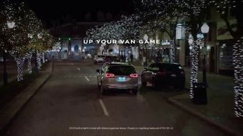 Chrysler Black Friday Sales Event TV Spot, 'Holiday Thoughts' Featuring Kathryn Hahn [T2] - Thumbnail 7