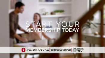 LifeLock TV Spot, 'On the Hook' Featuring Rick Harrison - Thumbnail 9