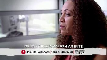 LifeLock TV Spot, 'On the Hook' Featuring Rick Harrison - Thumbnail 6