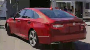 Honda Accord TV Spot, 'Univision: Irma' con Chyno Miranda [Spanish] [T1] - Thumbnail 1