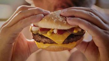 McDonald's Quarter Pounder TV Spot, 'Pacho' con Luis Fonsi [Spanish] - Thumbnail 7
