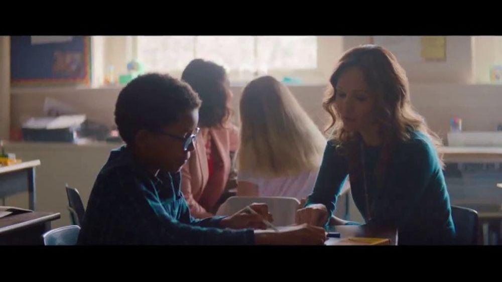 Crayola TV Commercial, 'Teacher Heroes'