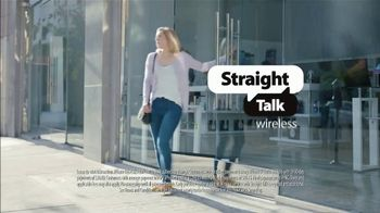 Straight Talk Wireless TV Spot, 'Get a Straight Up Great Deal' - Thumbnail 6