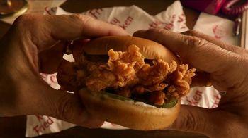 KFC Crispy Colonel Sandwich TV Spot, 'Sandwich Language' - Thumbnail 4
