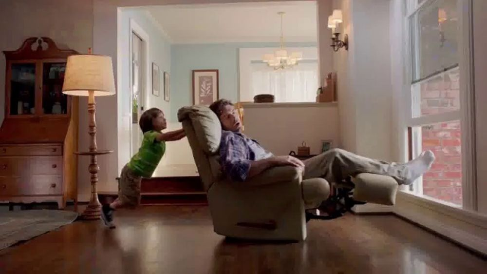Odor-Eaters Charcoal Foot Scrub TV Commercial, 'Out the Window'