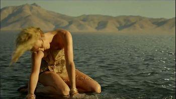 Dior J'Adore Injoy TV Spot, 'Absolute Femininity' Featuring Charlize Theron - Thumbnail 2