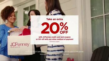 JCPenney TV Spot, 'Mother's Day Love' Song by Redbone - Thumbnail 9