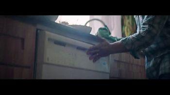 Whirlpool TV Spot, 'Congrats, Parents 3: Stories of Care' - Thumbnail 5