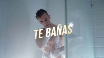 Axe Gold Body Wash TV Spot, 'Dame cinco' canción de Shanice Ross [Spanish] - Thumbnail 4