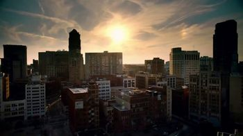 Pure Michigan TV Spot, 'Detroit: The Opening of a New City' - Thumbnail 2