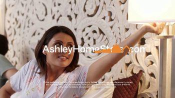 Ashley HomeStore Memorial Day Sale TV Spot, 'Big Savings: Mattresses' - Thumbnail 10