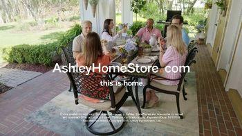 Ashley HomeStore Memorial Day Sale TV Spot, 'Starting Now: Hot Styles' - Thumbnail 10