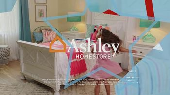Ashley HomeStore Memorial Day Sale TV Spot, 'Shop and Save: Dining Table' - Thumbnail 10