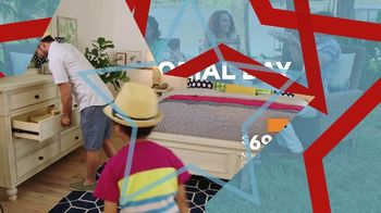 Ashley HomeStore Memorial Day Sale TV Spot, 'Shop and Save: Dining Table' - Thumbnail 4