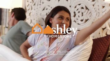 Ashley HomeStore Memorial Day Sale TV Spot, 'Mattresses: $1000' - Thumbnail 9