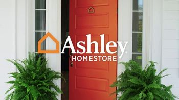 Ashley HomeStore Memorial Day Sale TV Spot, 'Mattresses: $1000' - Thumbnail 2