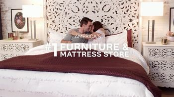 Ashley HomeStore Memorial Day Sale TV Spot, 'Mattresses: $1000' - Thumbnail 8