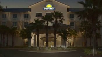 Days Inn TV Spot, 'Seize the Days With Family: Save $8' - Thumbnail 7