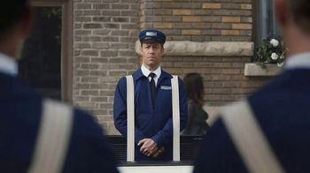 May is Maytag Month TV Spot, 'Delivery' Featuring Colin Ferguson - Thumbnail 6