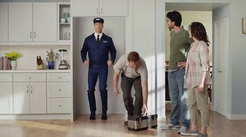 May is Maytag Month TV Spot, 'Delivery' Featuring Colin Ferguson - Thumbnail 8