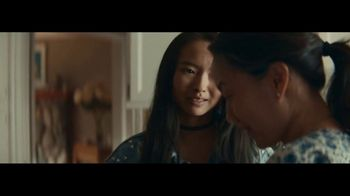 Macy's TV Spot, '2018 Mother's Day: Separation Anxiety' - Thumbnail 8
