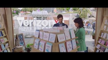 Verizon TV Spot, '2018 Mother's Day: Card Search' Ft. Thomas Middleditch - Thumbnail 7