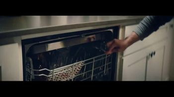 Whirlpool TV Spot, 'Congrats, Parents 1: Stories of Care' - Thumbnail 5