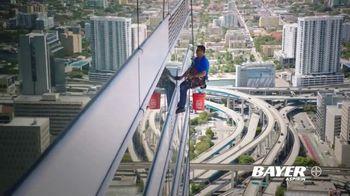 Bayer Aspirin TV Spot, 'Cleaning Windows' - Thumbnail 10