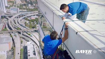 Bayer Aspirin TV Spot, 'Cleaning Windows' - Thumbnail 8