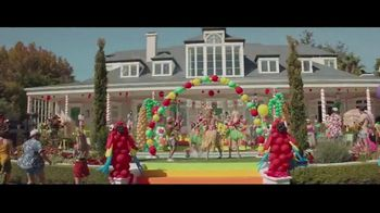Party City TV Spot, 'Balloon Mic Drop: Graduation' - Thumbnail 4