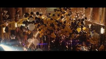 Party City TV Spot, 'Balloon Mic Drop: Graduation' - Thumbnail 6