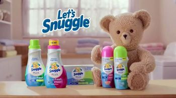Snuggle Plus SuperFresh TV Spot, 'Love Stinks Social' - Thumbnail 9