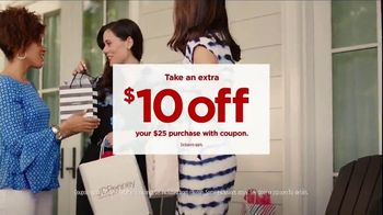 JCPenney TV Spot, 'Mother's Day: Extra $10 Off' Song by Redbone - Thumbnail 8