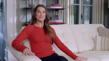 La-Z-Boy Duo TV Spot, 'Surprise' Featuring Brooke Shields - 2393 commercial airings