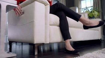 La-Z-Boy Duo TV Spot, 'Surprise' Featuring Brooke Shields - Thumbnail 4