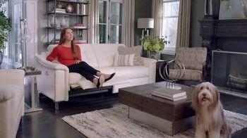 La-Z-Boy Duo TV Spot, 'Surprise' Featuring Brooke Shields - Thumbnail 7