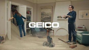 GEICO TV Spot, 'Zen Gardening' - Thumbnail 8