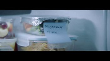 Whirlpool TV Spot, 'Congrats, Parents 2: Stories of Care' - Thumbnail 5