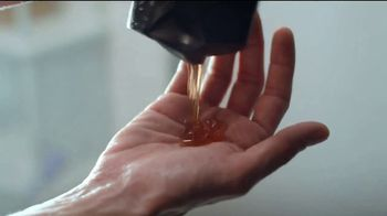 Axe Gold Body Wash TV Spot, 'Trick Shot' - Thumbnail 4