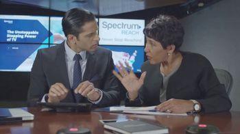 Spectrum Reach TV Spot, 'Reaching Out' - Thumbnail 8