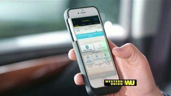 Western Union App TV Spot, 'Envía dinero' con Carlos Calderon [Spanish] - Thumbnail 3