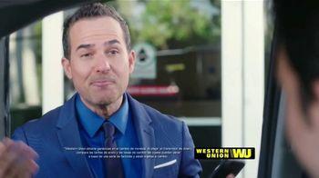 Western Union App TV Spot, 'Envía dinero' con Carlos Calderon [Spanish] - Thumbnail 6