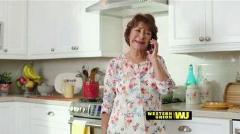 Western Union App TV Spot, 'Envía dinero' con Carlos Calderon [Spanish] - Thumbnail 8