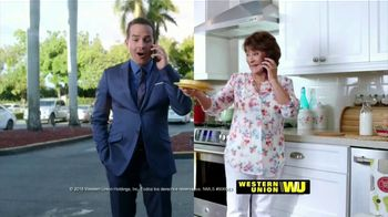 Western Union App TV Spot, 'Envía dinero' con Carlos Calderon [Spanish] - Thumbnail 9
