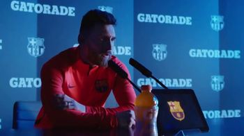 Gatorade TV Spot, 'Todo cambia' con. Lionel Messi, Luis Suárez [Spanish] - Thumbnail 6