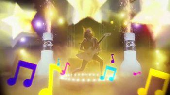 Mike's Hard Lemonade TV Spot, 'Karaoke' - Thumbnail 8